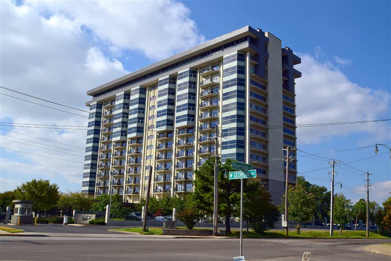 655 Riverside Dr #APT 807, Memphis, TN