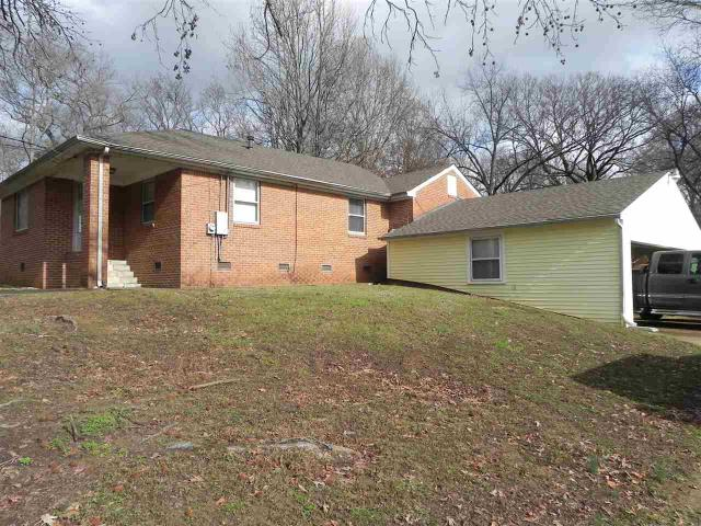3220 Woodrow St, Memphis TN 38127