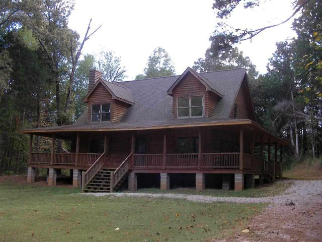 945 Fairway Dr, Saulsbury, TN