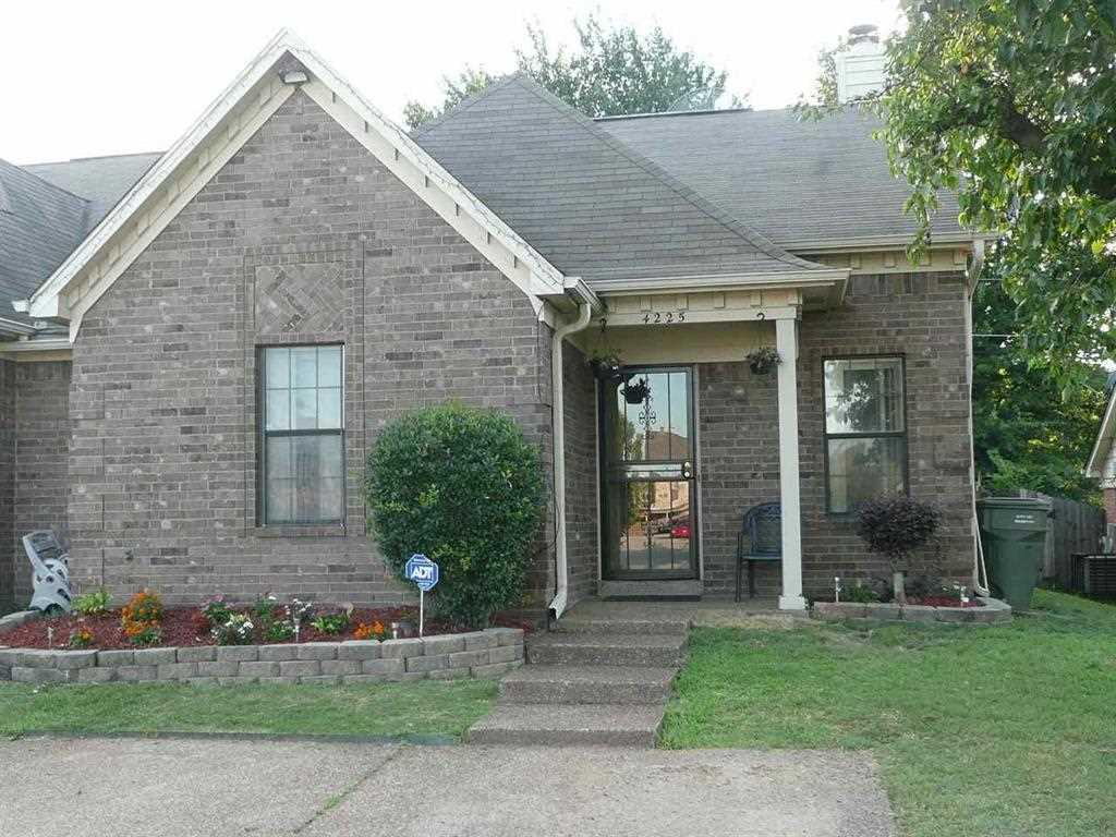 4225 Meadow Ridge Trl, Memphis, TN