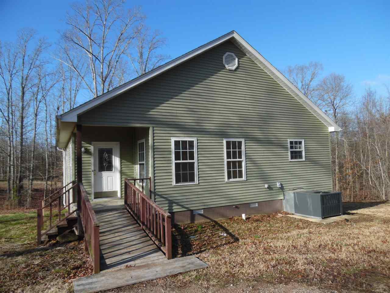 1490 Walnut Grove Rd, Bolivar, TN