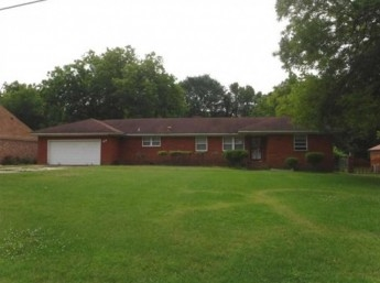 979 W Gloria Rd, Memphis, TN