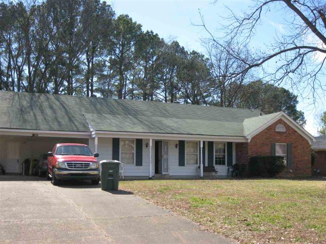 1215 Favell Dr, Memphis, TN