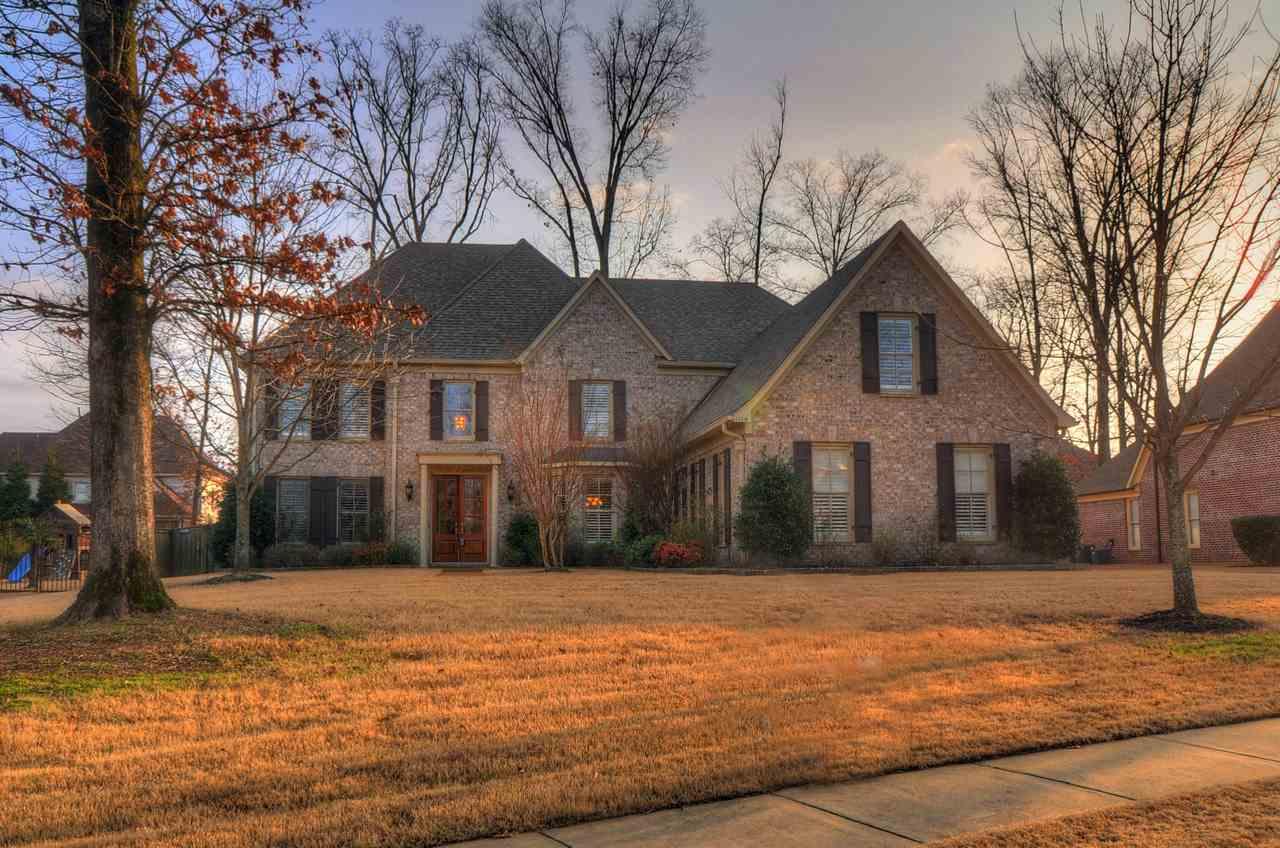 1114 E Old Hearthstone Cir, Collierville, TN
