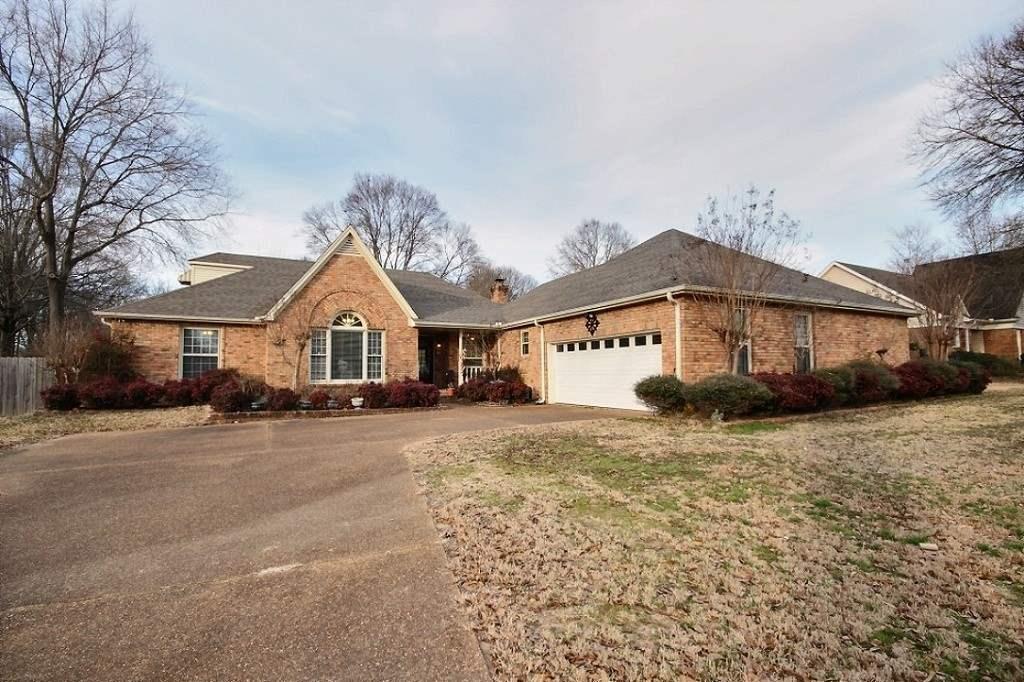 676 Winhill Ln, Collierville, TN