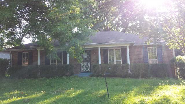 2052 Cranberry Dr, Memphis, TN