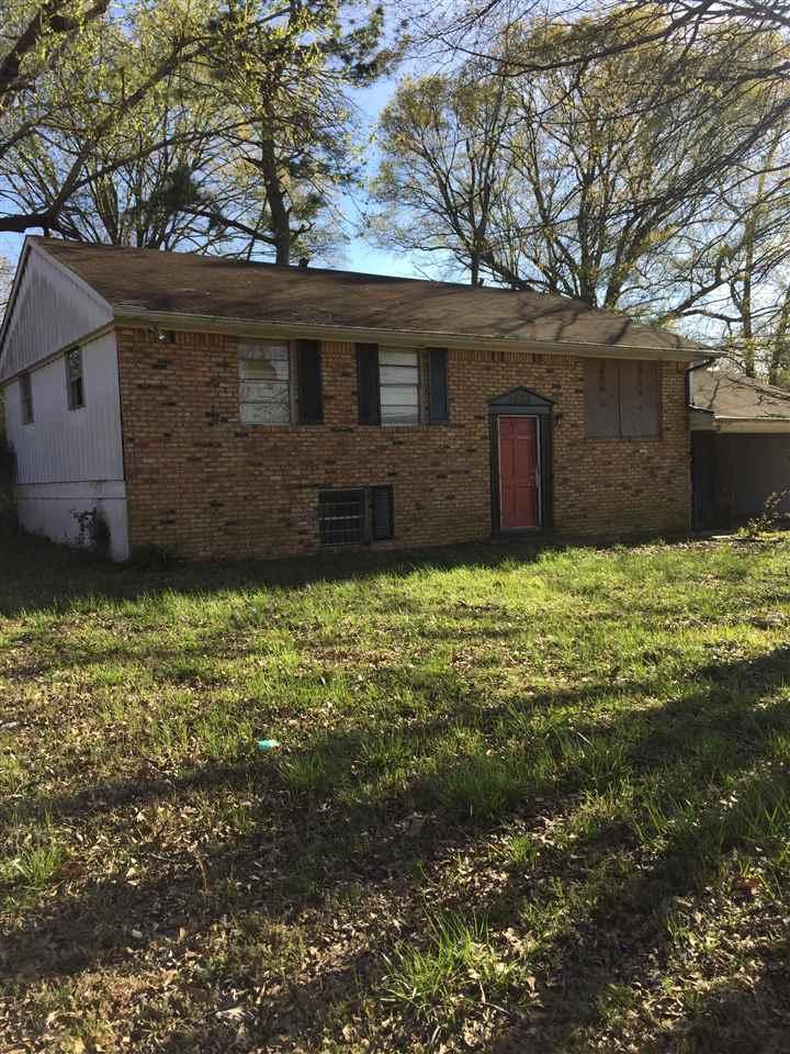 1829 Warner Dr, Memphis, TN