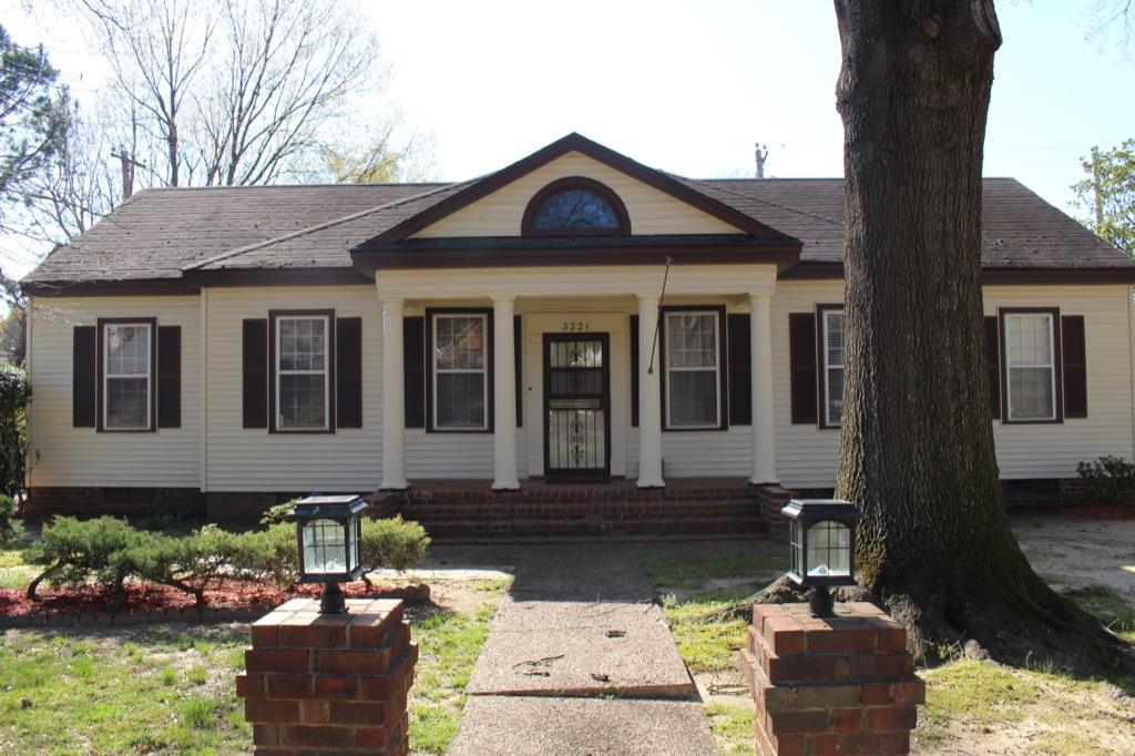 3221 Kings Arms St, Memphis, TN
