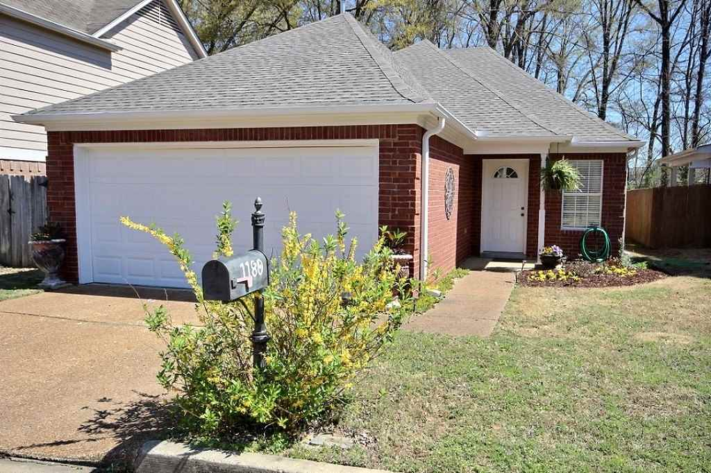 1180 Clear Creek Dr, Collierville, TN
