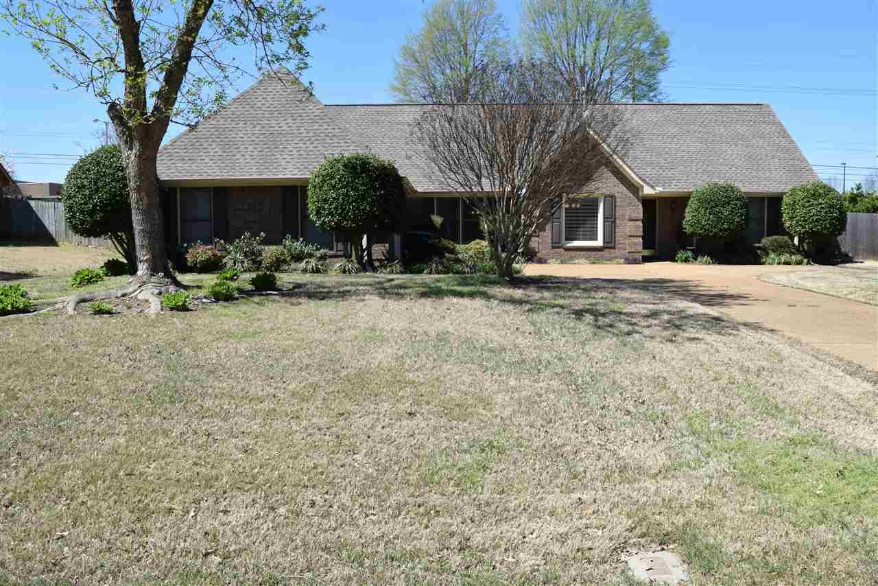1145 Winsail Dr, Collierville, TN