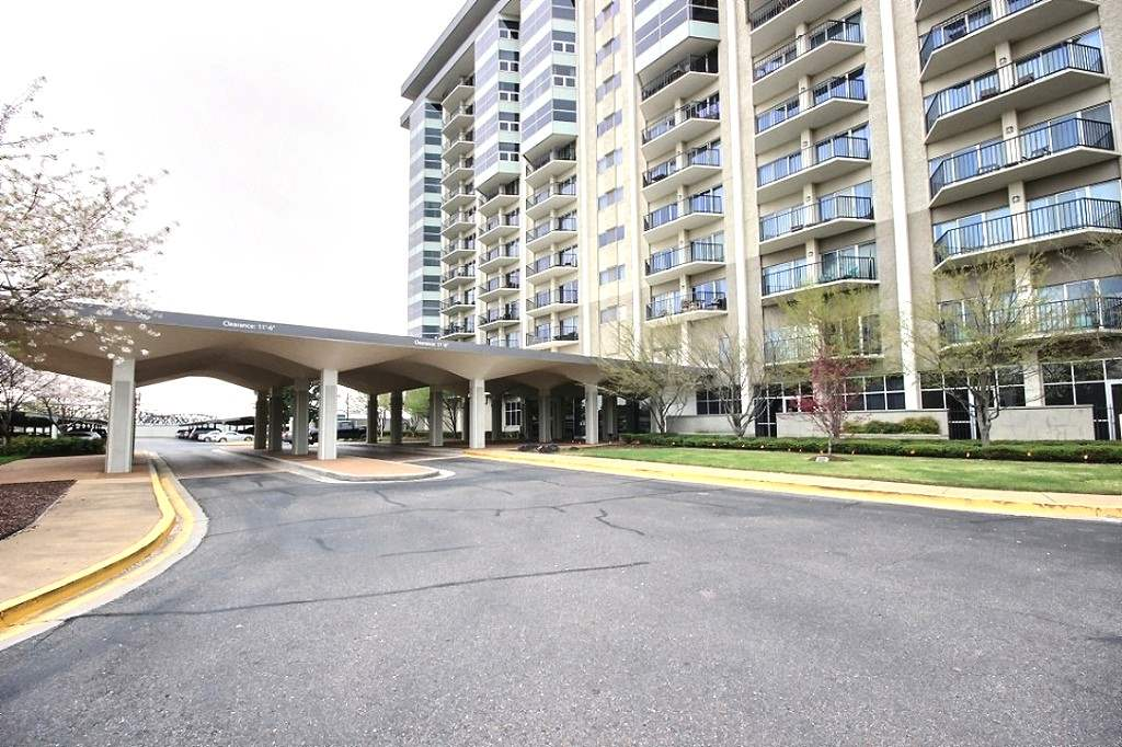 655 Riverside Dr #APT 904A, Memphis TN 38103