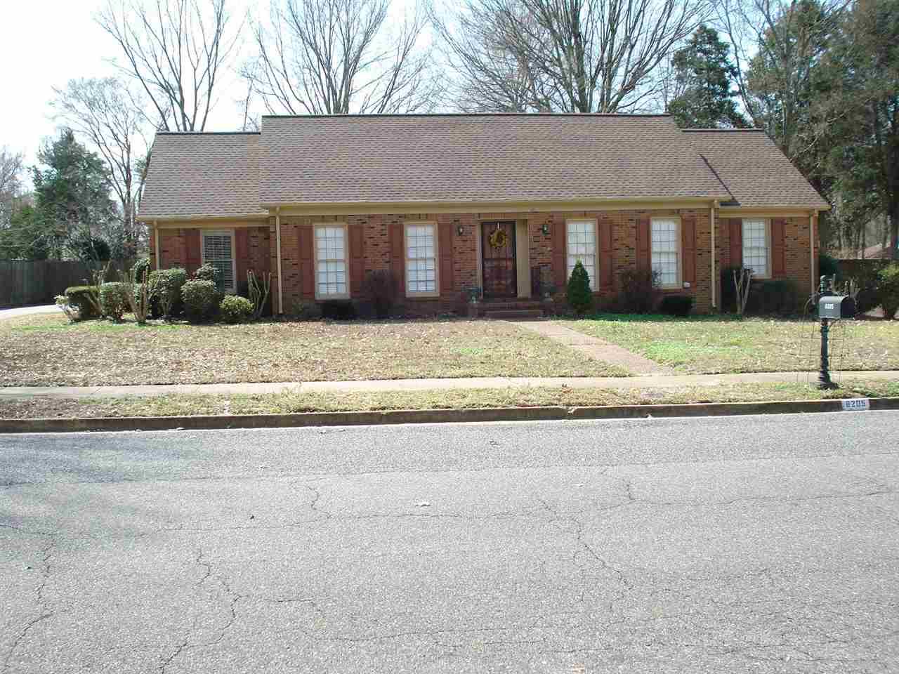 8205 Planters Grove Rd, Cordova, TN
