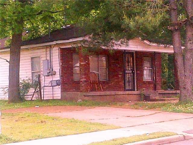 1704 Harrison St, Memphis TN 38108