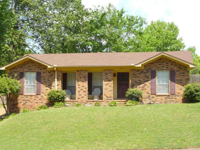 3134 Dumbeath Rd, Memphis TN 38128