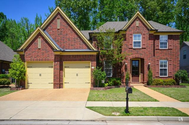 240 Red Sea Dr, Collierville, TN