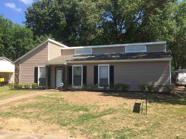 6438 Llano Ave, Bartlett TN 38134