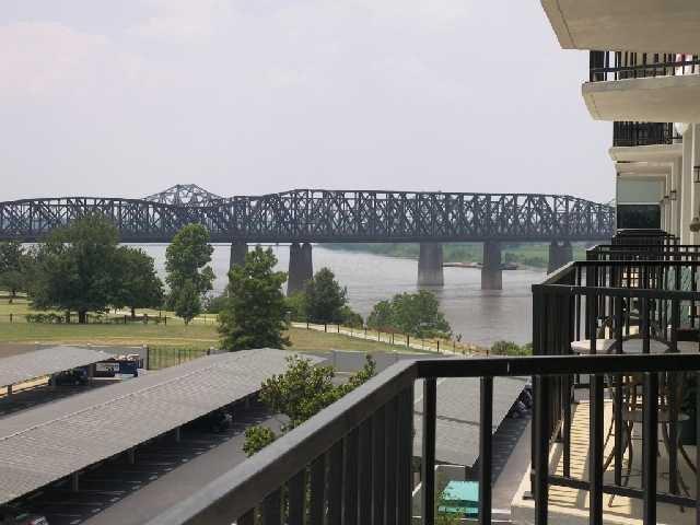 655 Riverside Dr #APT 508, Memphis TN 38103