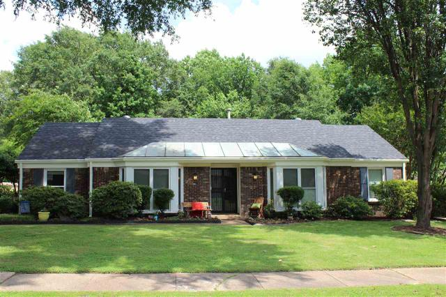 2718 Breenwood Ln, Memphis, TN