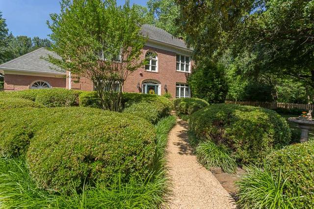 857 Hickory Oaks Cir, Collierville, TN