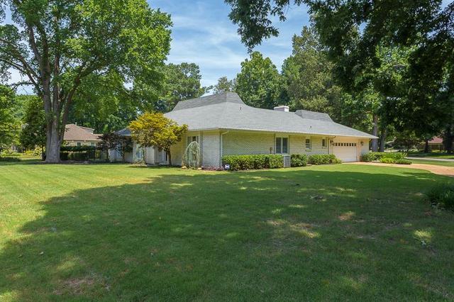 6884 Honey Locust Cv, Memphis TN