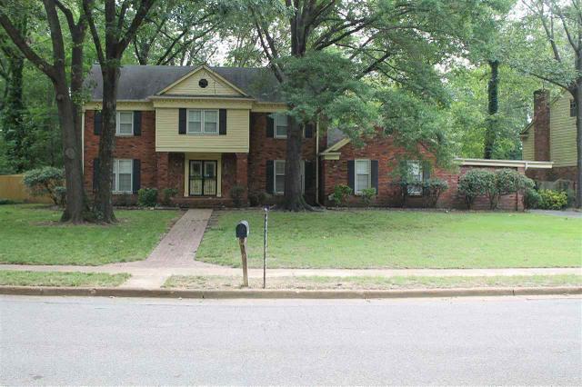 2290 Thornwood Ln, Memphis TN