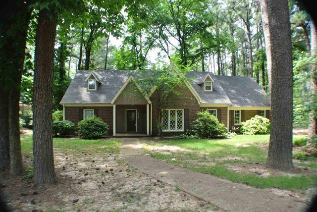8274 Bryn Manor Ln, Germantown TN