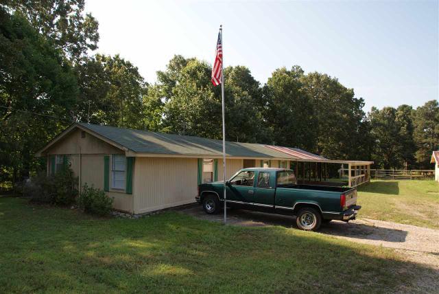 940 Old Grand Junction Ln, Grand Junction TN