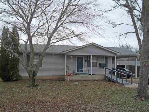 209 Beaverwood Dr, Adamsville, TN 38310