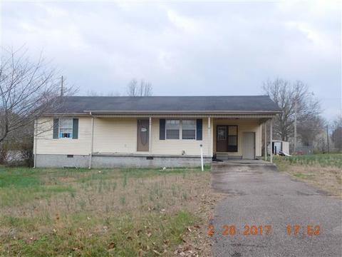 204 Edgewood Dr, Adamsville, TN 38310