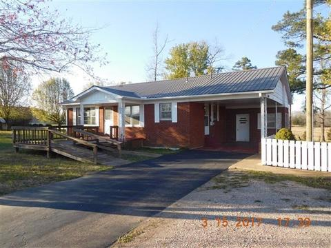 25320 69 Hwy, Adamsville, TN 38310