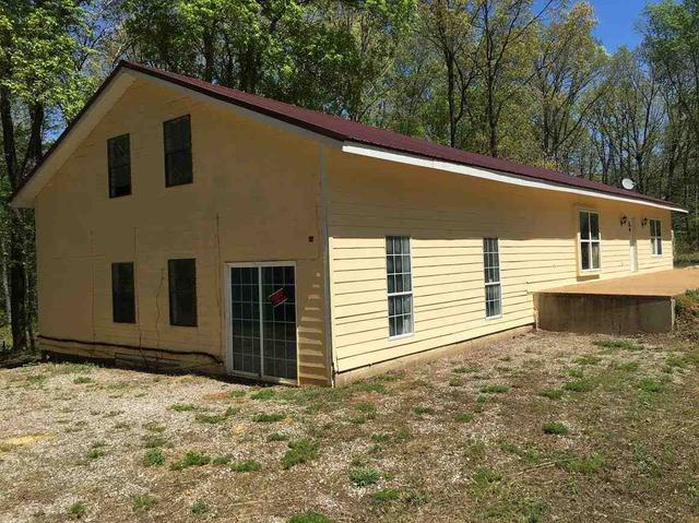 1785 Sycamore Dr, Morris Chapel, TN 38361