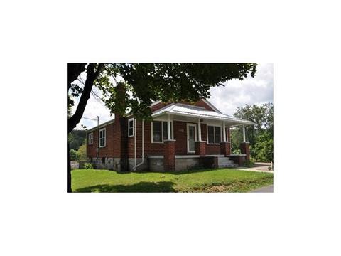11606 Hanover Rd, Coeburn, VA 24230