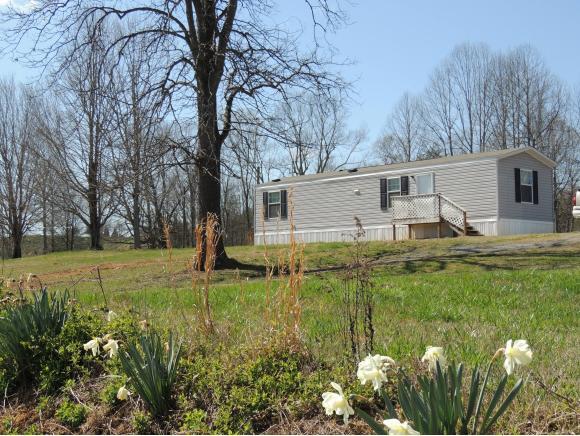 105 Russell Rd, Rogersville, TN