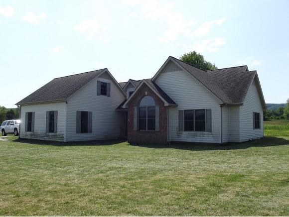 339 Hickory Cir, Pennington Gap, VA 24277