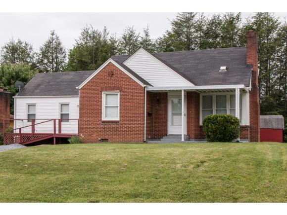 38 24th St Bristol, TN 37620