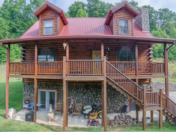 1489 Indian Creek Ln, Bristol, VA 24202