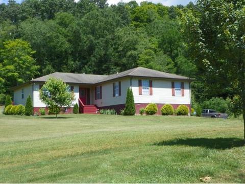 4222 Tumbling Creek Rd, Saltville, VA 24370