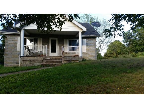 6620 The Lake Rd, Clintwood, VA 24228