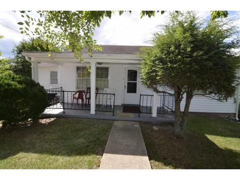 1028 Texas Ave, Bristol, VA 24201