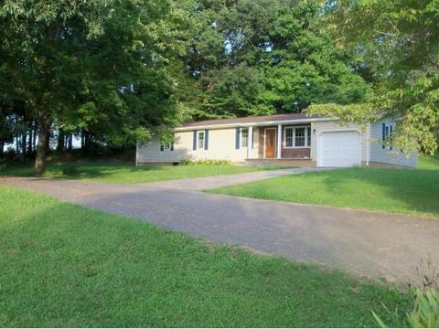 158 Gary St, Nickelsville, VA 24271