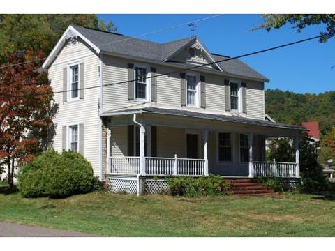 205 Chestnut St, Norton, VA 24273