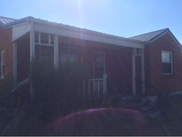711 Henry St, Marion, VA 24354