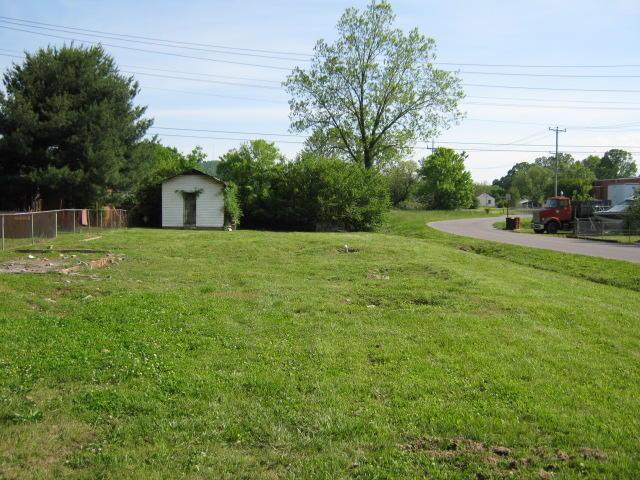 212 Rowland Ave, Rossville, GA 30741
