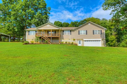 97 Mountain Meadows Rd, Lookout Mountain, GA 30750