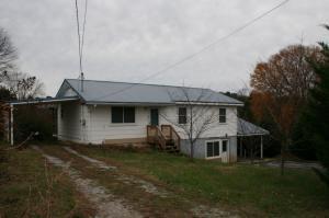 352 Pond Springs Rd, Chickamauga, GA 30707