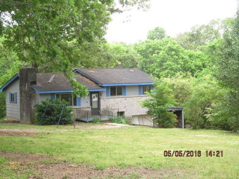 615 Davis Rd, Chickamauga, GA 30707