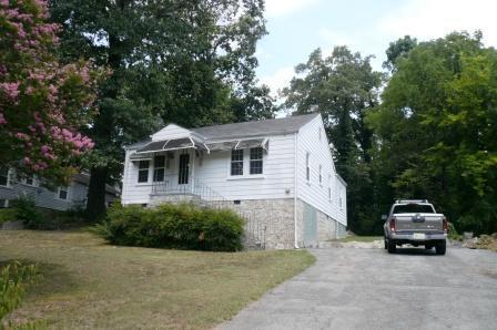 165 S Elmwood St, Rossville, GA 30741