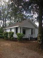 908 Stewart Ave, Chickamauga, GA 30707