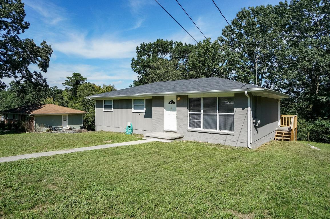 1010 W Circle Drive, Rossville, GA 30741