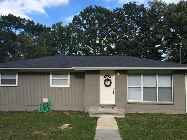 1010 W Circle Dr, Rossville, GA 30741